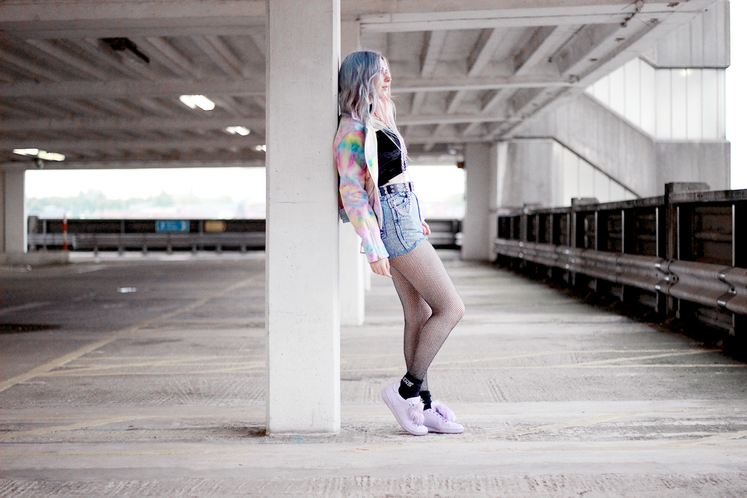 CHAIN CROP TOP AND TIEDYE